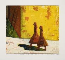 Jenter ved gul mur / Girls by Yellow Wall
